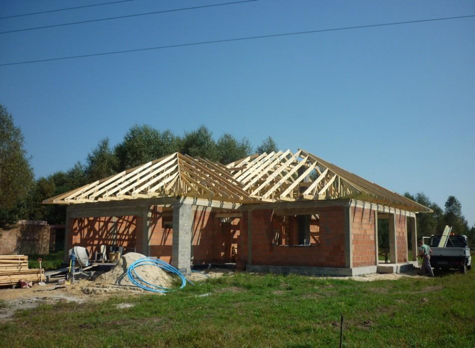 Dachy prefabrykowane - dom jednorodzinny Trzebnica