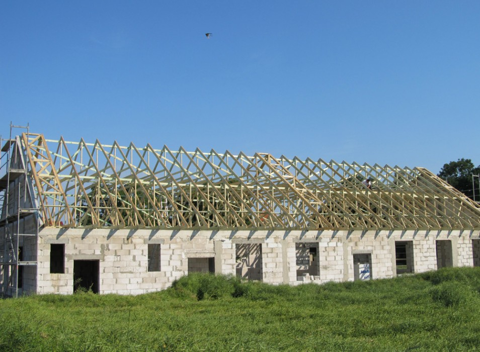 Wiązary dachowe - budynek produkcyjny Jawor