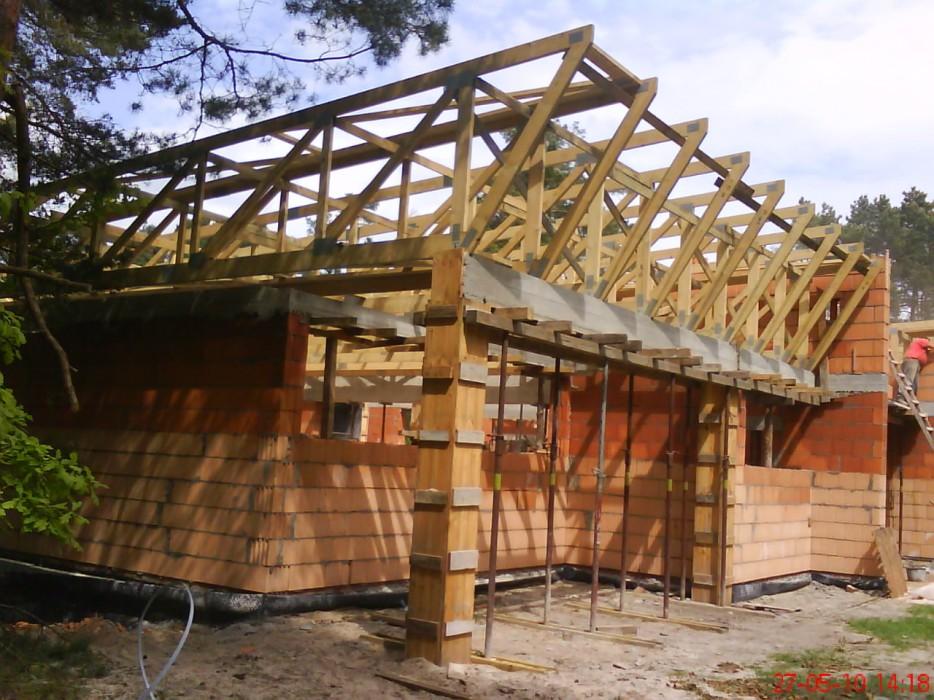 Konstrukcje dachowe drewniane - obiekt handlowy Opole