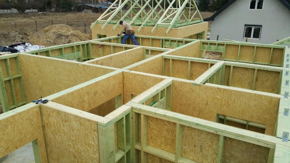 Konstrukcje dachowe drewniane projekty - dom jednorodzinny RK Haus System